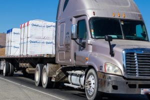 Orlando, FL – Truck Crash at W Landstreet Rd and Gills Dr