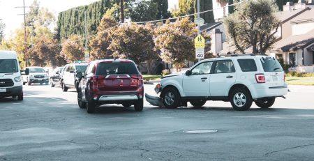 Orlando, FL – Seven Injured in Car Crash at Colonial Rd and Hiawassee Rd
